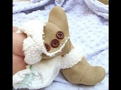 Baby Ugg Boots An Easy Pattern You'll Love To Make | The WHOot