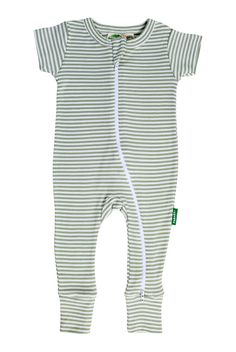Quick double zippers allow for easy changes and cuddly comfort. Zip down to dress, zip up for an easier diaper change. Organic Baby Clothes, Baby Grows, Black Romper, Fitness Fashion, Organic Cotton, Kids Outfits, Diaper Change, Baby Rompers, Comfy