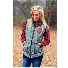YESSSSSSSSSSS  NC State Wolfpack Black and White Herringbone Vest