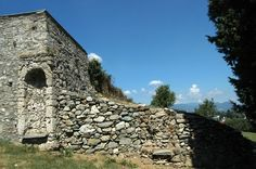 Inverigo (CO), Castello, part.