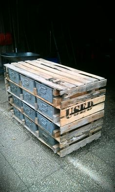 Made from pallets, re- used recycled furniture this is cool, so primitive but still functional.