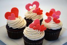 Decorar cupcakes de amor para San Valentín | Manualidades de hogar