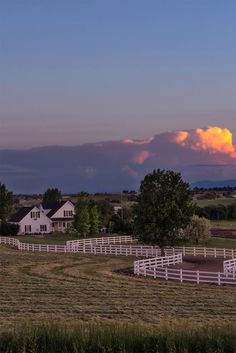 Northern Colorado Life is mostly agricultural. Whatever image that brings to mind, let me change that for you. Almost every evening looks like this. via @kevinwenning