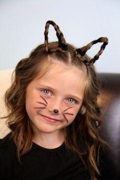 Katzenohren mit Zöpfen und Pfeifenreinigern machen. Noch mehr Ideen gibt es auf www.Spaaz.de