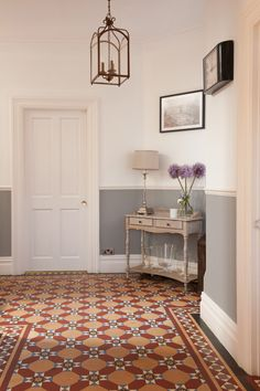 44 Edwardian Hallway to Beautify Your Home Interior Dado Rail Hallway, Grey Hallway, Hallway Paint, Tiled Hallway, Edwardian Hallway, Edwardian Staircase, Edwardian Style, Ladders, Sweet Home