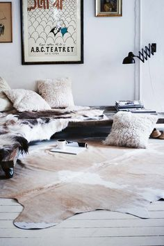 furry corner #cozy#fur#cushions#fur#rug#spread#interior#design#style