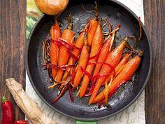 Ballı ve susamlı kıtırlar tarifi mi arıyorsunuz? En lezzetli Ballı ve susamlı kıtırlar tarifi be enfes resimli yemek tarifleri için hemen tıklayın! Carrots, Vegetables, Drink, Food, Thermomix, Beverage, Essen, Carrot, Vegetable Recipes