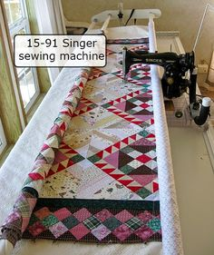 Friday Spotlight: Connie's Vintage Singer on a Quilting Frame — SewCanShe | Free Daily Sewing Tutorials