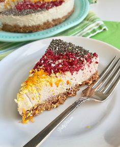 Cake Batter Pie with Natural Rainbow Sprinkles {Low-Carb, Paleo, Vegan} - PrettyPies.com