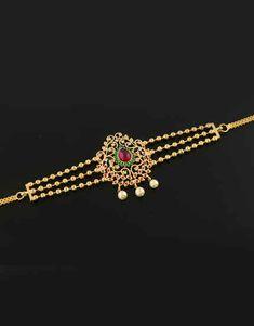 Vanki Designs Jewellery, Antique Jewellery Designs, Pearl Necklace Designs, Gold Necklace, Gold Temple Jewellery, Gold Bangles Design, Gold Jewelry Simple, Chocker, Lockets