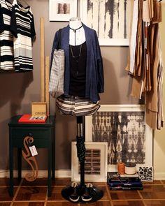 Kimono ORUM Tricot Indigo // Regata ORUM Livre // Shopping Bag ORUM Tweed // Shorts Biker ORUM Lisboeta // Colar ORUM Long // Colar Orum Cubo