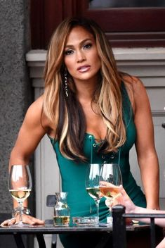 Jennifer Lopez Was seen on location filming 'Hustlers' in New York - Jennife. - Jennifer Lopez Was seen on location filming 'Hustlers' in New York – Jennifer Lopez Was seen - Jennifer Lopez Gallery, J Lo Fashion, Sensual, Gorgeous Women, Beautiful, Blake Lively, Marie, Lady Gaga, Celebrity Style