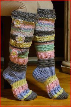 Knee High Socks FREE crochet pattern
