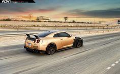 Carbon & Gold Nissan GT-R Looks Beyond Mean [33 Pics]