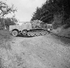 8,8cm FlaK 37 Sf auf Fgst Zgkw 18t Sd.Kfz.9
