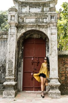 A Day in Hanoi :: Lace Tunic & Lace-up flats - Wendy's LookbookWendy's Lookbook