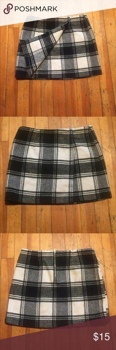 Forever 21 wool skirt Wool skirt. Black and white plaid. forever 21 Skirts