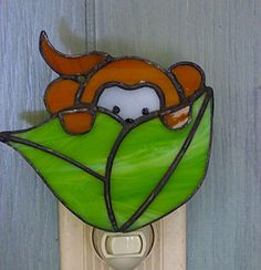 Stained Glass Peek a Boo Monkey Night Light by miloglass on Etsy Stained Glass Night Lights, Faux Stained Glass, Stained Glass Lamps, Stained Glass Projects, Stained Glass Patterns, Mosaic Glass, Peek A Boo, Stained Glass Suncatchers, Tiffany