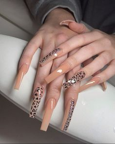 Acrylic Nails Coffin Pink, Long Square Acrylic Nails, Simple Acrylic Nails, Tapered Square Nails, Acylic Nails, Glamour Nails, Fire Nails, Luxury Nails, Dream Nails