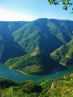 Domogled-Valea Cernei National Park, Romania, www. A Far Off Place, Visit Romania, Turism Romania, Little Paris, Republica Moldova, Travel Goals, Eastern Europe, Beautiful Landscapes, Bulgaria