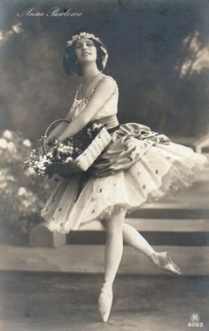 Croydon London, Ashford Kent, Stow On The Wold, Anna Pavlova, Russian Ballet, Ballet Dancers, Ballerina, Im Not Perfect, Ballet Skirt