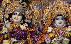 To view Radha Gokulanand Close Up Wallpaper of Bhaktivedanta Manor in difference sizes visit - http://harekrishnawallpapers.com/sri-sri-radha-gokulanand-close-up-iskcon-bhaktivedanta-manor-wallpaper-015/