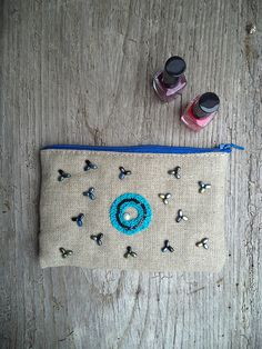 Natural linen make up bag    zipper pouch   cosmetic by EguaLondon