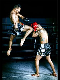 Muay Thai: Flying knee from the rear leg to opponent's head.