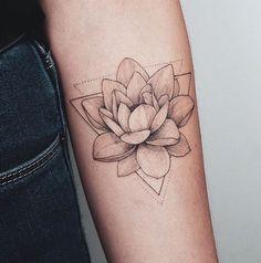 Purple Lotus Tattoo, Small Lotus Tattoo, Lotus Flower Tattoo Design, Lotus Design, Small Tattoos, Simple Lotus Flower Tattoo, Geometric Tattoo Forearm, Lotus Flower Art, Geometric Tattoo Design
