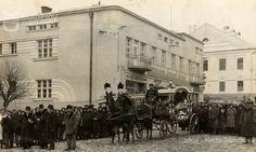 Bardejov Old Photographs, Louvre, Building, Travel, Viajes, Buildings, Old Photos, Destinations, Traveling