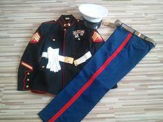 Ideas For Baby Photography Military Dress Blues Us Marines Uniform, Dress Blues Marines, Men In Uniform, Military Uniforms, Marine Corps Rings, Marine Corps Ball, Marine Costume, Military Dresses, Costume Ideas