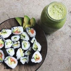 [New] The 10 Best Food Ideas Today (with Pictures) Over indulged on the weekend?back on the healthy train sushi greensmoothie healthyfood healthyskin I Love Food, Good Food, Yummy Food, Delicious Snacks, Tasty, Healthy Snacks, Healthy Eating, Healthy Recipes, Healthy Drinks