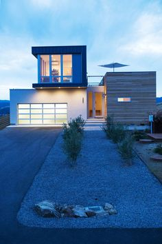 Cloverdale-Prefab-Method-Homes-Chris-Pardo-2 architectural mix of wood, stone and metal