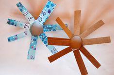 80 Beautiful Snowflake Craft Tutorials and DIY Project Ideas Simple Snowflake, Snowflake Craft, Winter Crafts For Kids, Winter Fun, Winter Ideas, Projects For Kids, Craft Projects, Craft Ideas, Fun Ideas