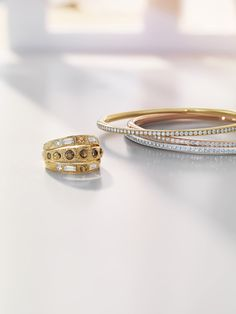 #Stilllife #photography #jewellery #luxury #fashion #accessories #composition #objects #design #silver #rosegold #gold#debeers #photo #diamonds #ring #bracelet John Bennett, Ring Bracelet, Bracelets, Product Shot, Still Life Photographers, Fascinator, Diamond Jewelry, Fashion Accessories, Composition