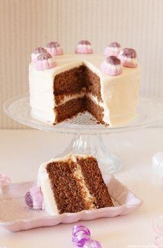 Tarta bizcocho de chocolate y vainilla