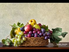 Fruit Photography, Still Life Photography, Caravaggio, Vanitas Paintings, Grape Vineyard, Still Life Pictures, Vegetable Painting, Still Life Fruit, Still Life Drawing