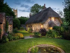 Set in the beautiful countryside of Wiltshire, England, Fraerie Door is a magical cottage taken straight out of a storybook. This holiday cottage dates back to the century, has thatched roof, … Storybook Homes, Storybook Cottage, Cozy Cottage, Cottage Homes, Cabana, Cottage Breaks, Holiday Cottages To Rent, Real Life Fairies, Fairytale Cottage