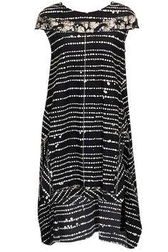 Black and ecru batik tunic by Urvashi Kaur. Shop at: http://www.perniaspopupshop.com/designers/urvashi-kaur #urvashikaur #tunic #perniaspopupshop #shopnow #chic #happyshopping