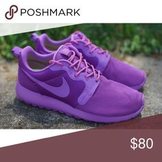 ✨PRICE JUST FOR TODAY✨ All purple Nike roshes. Rare and super cute! Only worn two times!! Nike Shoes Sneakers