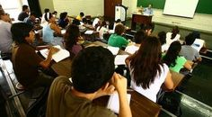 Universidades con autorización provisional no podrán crear nuevas carreras temporalmente