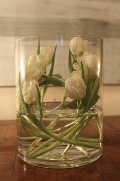 modern tulip #Flower Arrangement