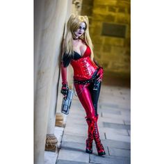 COSPLAY Lady Jaded As Harley Quinn, Black Suit Spider-Man Mileena... ❤ liked on Polyvore featuring costumes, lady joker costume, mortal kombat womens costumes, harley quinn halloween costume, womens costumes and womens harley quinn costume