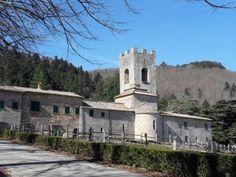 Badia a Coltibuono: un meraviglioso itinerario nelle terre del Chianti classico. - Giruland #diariodiviaggio #dilloingiruland #raccontirealidiviaggio #toscana