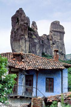 Kastraki, Meteora, Greece http://photoseek.photoshelter.com/image?&_bqG=4&_bqH=eJxtj0FPwzAMhX_NekMKhyJUKYc09iprawpOUtFdojFtcGGM0QP8e5xqggrwIfn8nl8is_q8OpzOTd3ejx_L3UO_qd_UeLOiF6puq1Kp6lpJVZTAW11Q8mACLsq6bRclzAWALADMpEEqi_kWGX9H8W8U_49aCsP0WRA7g.2iCzwk8p1u2IrSMaETmzqXB8gnxjUaj3Bp7.a97zhoNm5VTJsl40CPwtEjJwId89ZHfzxZfH3cmCexeuIQzTqZBp0d8lCRbJ1IHpboBeM38vIH24zGBv2.3553z0U_pZt8fgEnJW41&GI_ID=