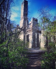 ✨IMAGINE✨  Life - a blatant act of imagination.✨ (Van Slyke Castle - Ramapo Mountain Forest, NJ)  #sky #castle #ruins #local #newjersey #travel