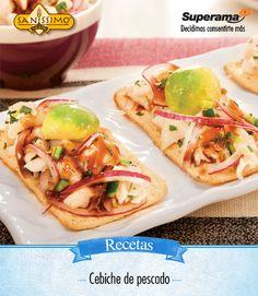 #Cebiche de #pescado: Lava, limpia de espinas y piel 1 kg de pescado (tilapia, robalo o huachinango) y pica la pulpa en cubos. Colócalo en un recipiente con el jugo de 10 limones, tapa y refrigera. Mezcla 1 cebolla picada con 2 cdas. de cilantro picado, 3 jitomates picados, 125 g de aceitunas picadas, 2 aguacates y 1 cdta. de orégano. Agrega la mezcla anterior al pescado, deja reposar en el refrigerador. Sirve adornado con chiles jalapeños y acompañado de Salmas Saníssimo®.