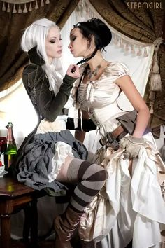 Steam Punk Attraktion: Foto - Steampunk - - Real Time - Diet, Exercise, Fitness, Finance You for Healthy articles ideas Steampunk Cosplay, Steampunk Mode, Steampunk Clothing, Steampunk Fashion, Gothic Fashion, Gothic Steampunk, Gothic Clothing, Gothic Metal, Emo Fashion
