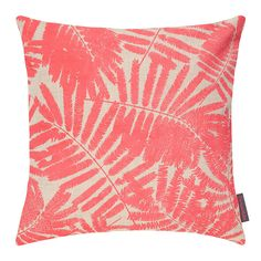Add on-trend botanical design to the home with this Espinillo cushion from Clarissa Hulse. Filled with a luxurious duck feather pad, this cushion is printed with a layered fern design which is strikin