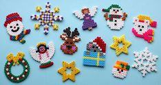 Hama Christmas - HAMA * Iron beads * Iron Beads * Make Christmas decorations * Xmas * DIY - Hama Beads Design, Hama Beads Patterns, Beading Patterns, Christmas Perler Beads, Peler Beads, Navidad Diy, Christmas Crafts, Christmas Ornaments, Fuse Beads
